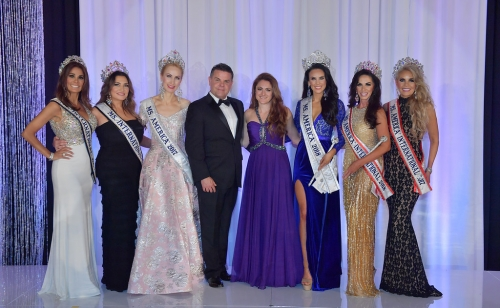Emcee Scott Stewart and Co-Emcee Stephanie Mills, Ms. America 2015 with 2017 and 2018 National Titleholders